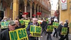 """""""Il ministro Clini deve immediatamente revocare il suo Decreto del 17 febbraio scorso con cui è stato riattivato il percorso per autorizzare il mega deposito di gas metano a Rivara, […]"""