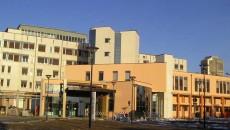 """""""La Ausldi Ravenna ha già effettuato negli ultimi anni numerose e dolorose razionalizzazioni come la chiusura di piccoli ospedali, nonché l'accentramento di funzioni specialistiche presso l'ospedale del capoluogo. Proseguire in […]"""