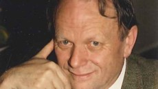 Domenica 19 gennaio a 71 anni ci ha lasciato Giorgio Gardiol. Giornalista,laureato in scienze politiche,specializzato in diritto amministrativo,esponente della comunità valdese,abitava a Pinerolo. Eletto deputato per i Verdi, nel collegio […]