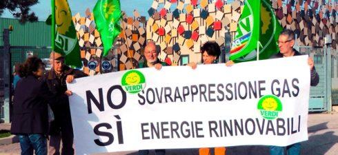 comunicato stampa SERVE UNA SVOLTA ECOLOGISTA Serve una vera svolta ecologista con un progetto innovativo adeguato ai tempi. I Verdi ottengono quasi il cinque per cento a Bologna e quasi […]